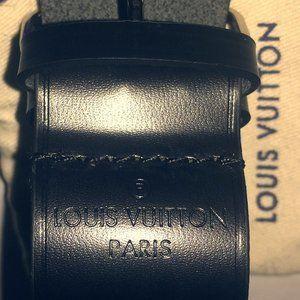 louis Vuitton leather bracelet. Black. Flawless.